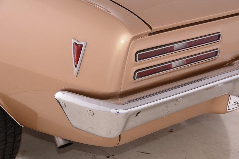 1968 Pontiac Firebird Image 11