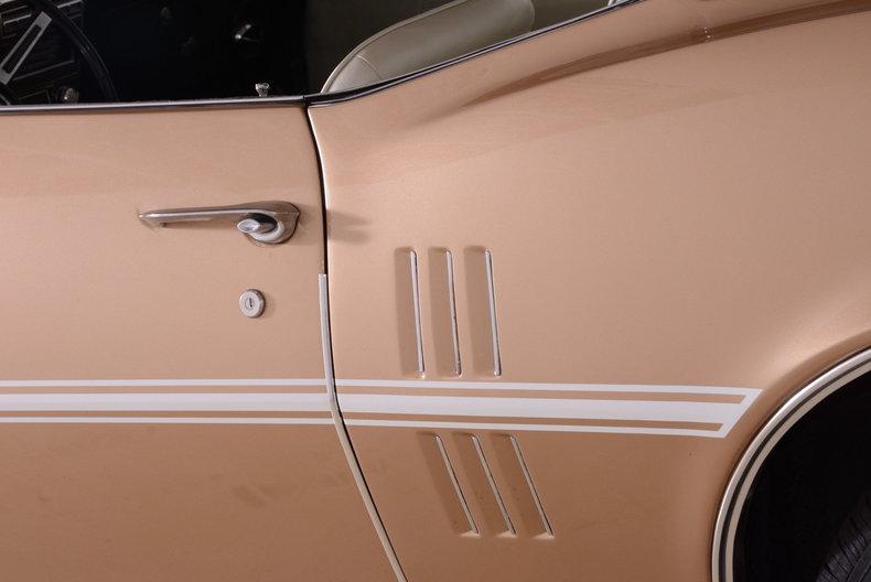1968 Pontiac Firebird Image 19