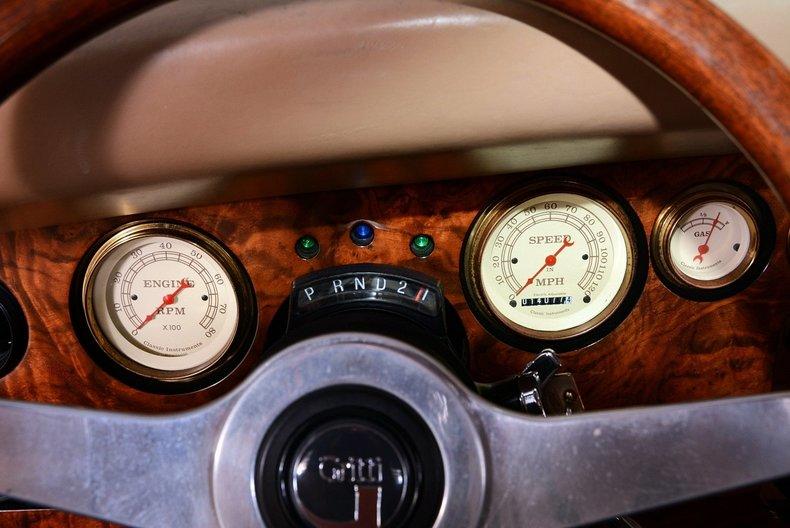 2000 Corsair Roadster Image 2