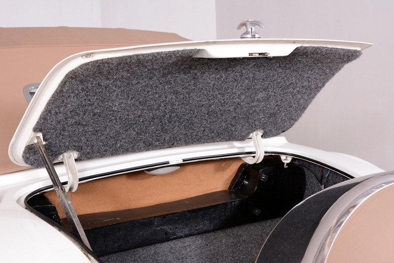 2000 Corsair Roadster Image 81