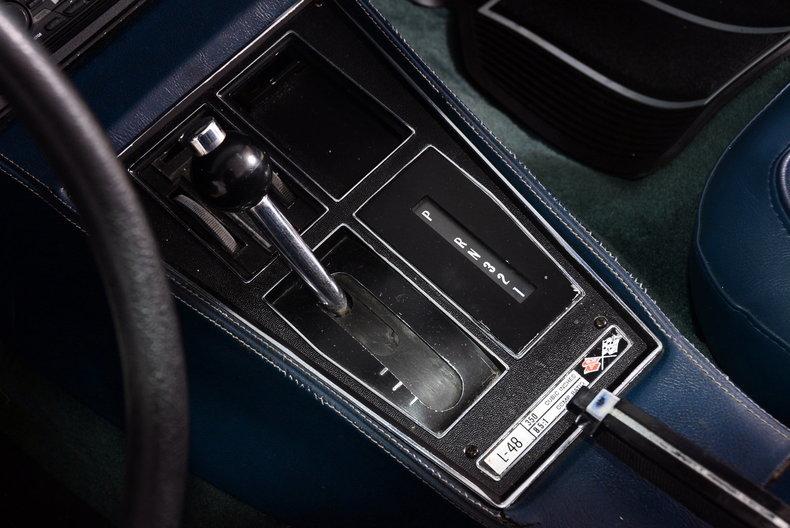 1975 Chevrolet Corvette Image 10
