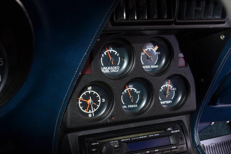 1975 Chevrolet Corvette Image 26