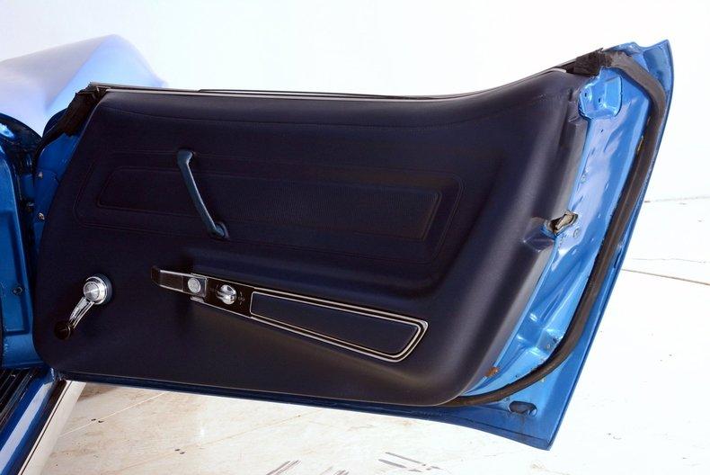 1975 Chevrolet Corvette Image 76