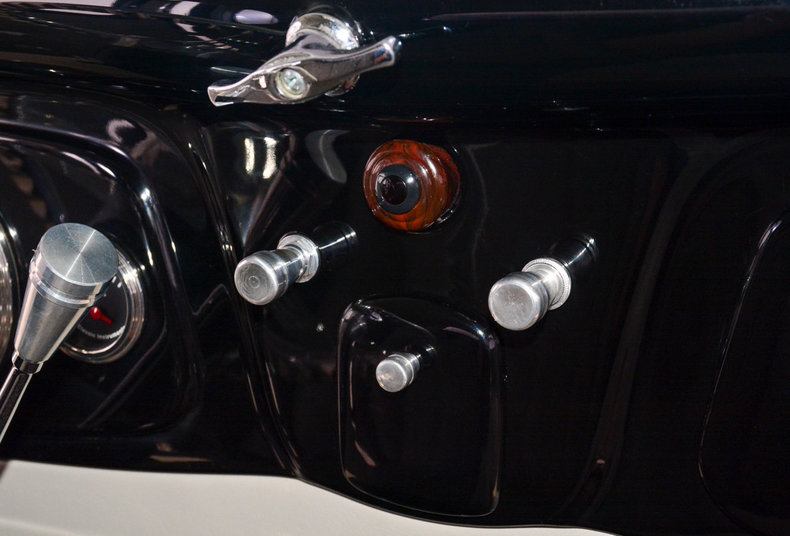 1934 Ford Model B Image 23