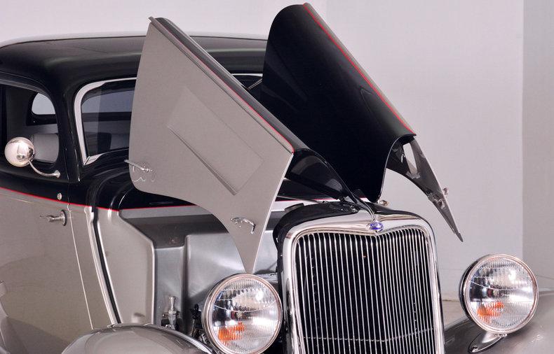 1934 Ford Model B Image 46