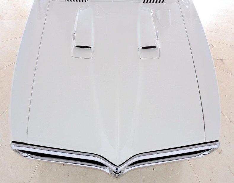 1968 Pontiac Firebird Image 9
