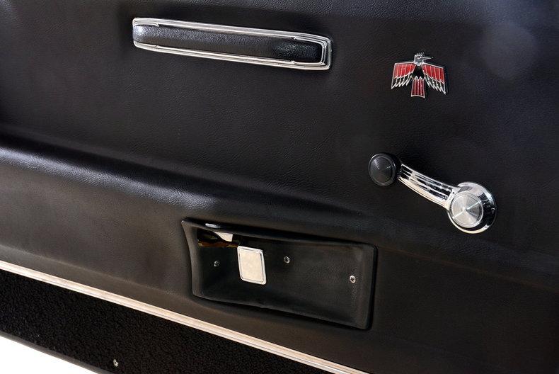 1968 Pontiac Firebird Image 16