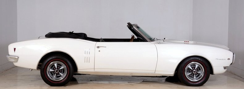 1968 Pontiac Firebird Image 17