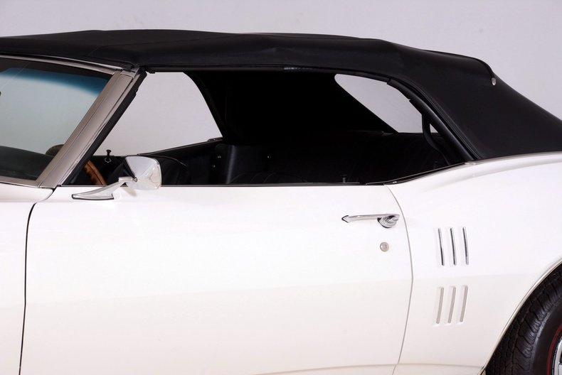 1968 Pontiac Firebird Image 23