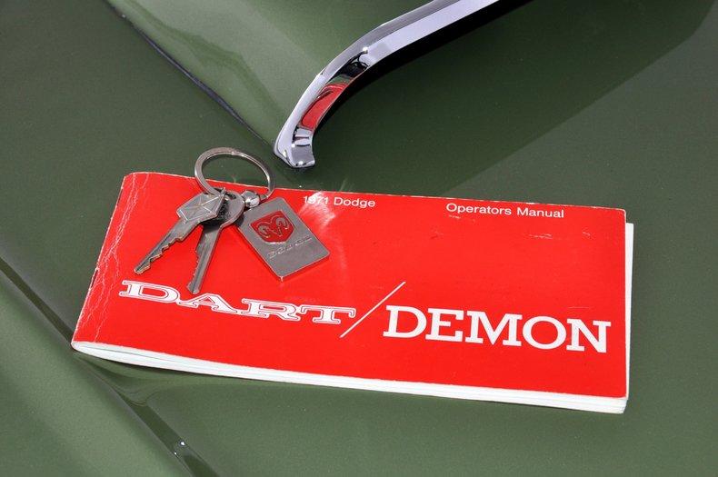 1971 Dodge Dart Swinger Image 7