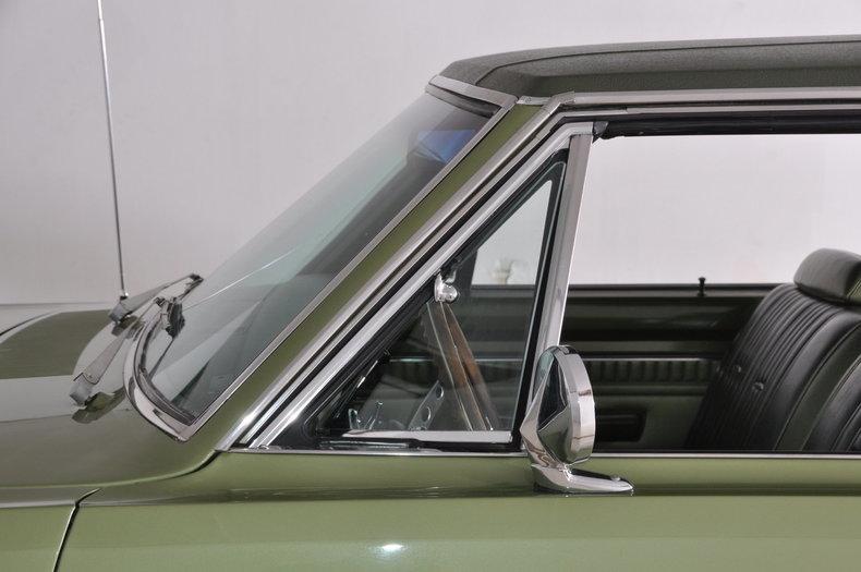 1971 Dodge Dart Swinger Image 24