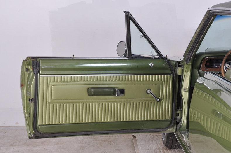1971 Dodge Dart Swinger Image 35