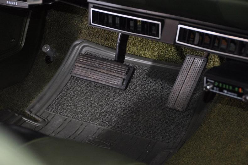 1971 Dodge Dart Swinger Image 36