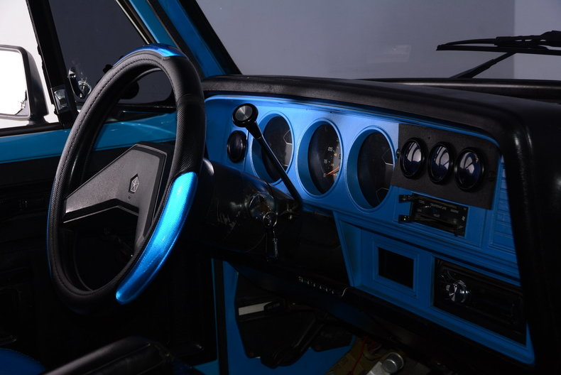 1984 Dodge 100 Image 2
