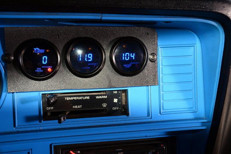 1984 Dodge 100 Image 16