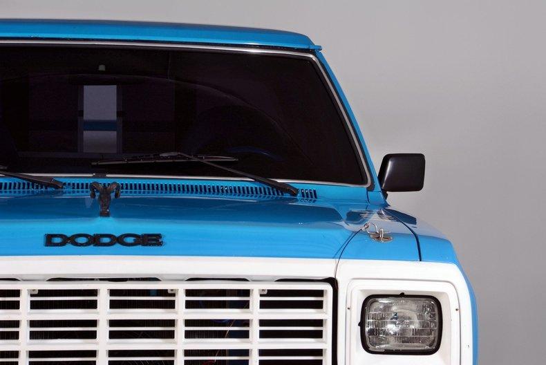 1984 Dodge 100 Image 19