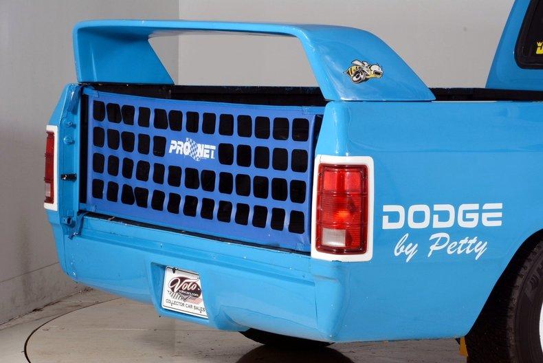 1984 Dodge 100 Image 27
