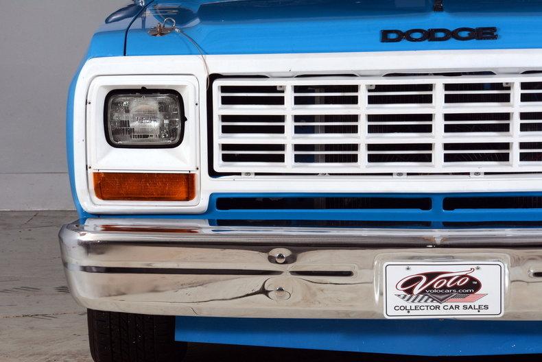 1984 Dodge 100 Image 65