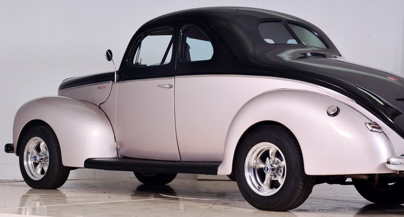 1940 Ford Deluxe Image 45