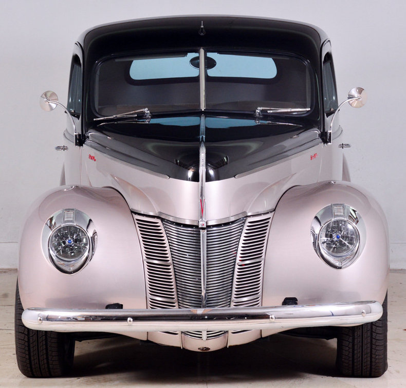 1940 Ford Deluxe Image 25
