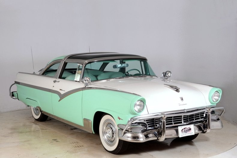 1956 Ford Fairlane Image 112