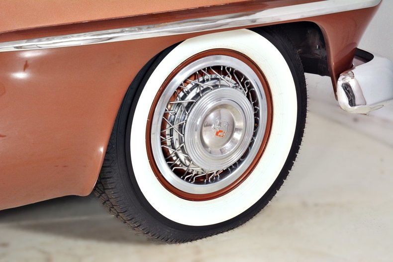 1953 Plymouth Belvedere Image 35