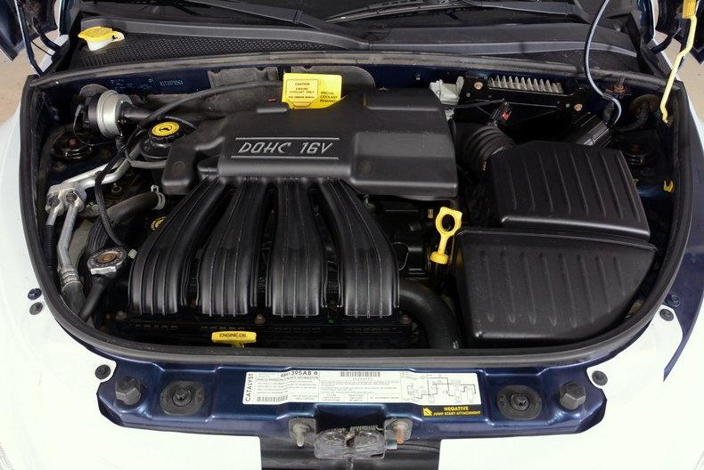 2001 Chrysler PT Cruiser Image 4