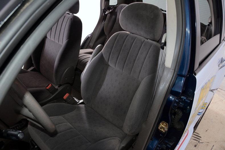 2001 Chrysler PT Cruiser Image 6