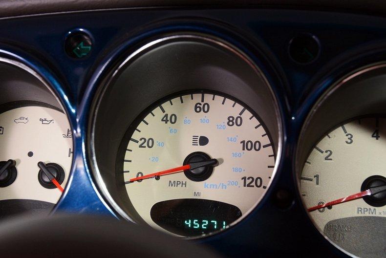 2001 Chrysler PT Cruiser Image 7