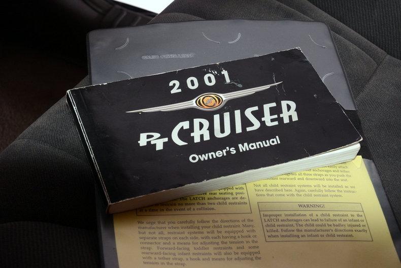 2001 Chrysler PT Cruiser Image 18