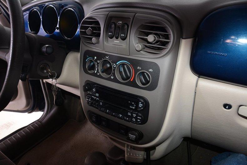 2001 Chrysler PT Cruiser Image 37