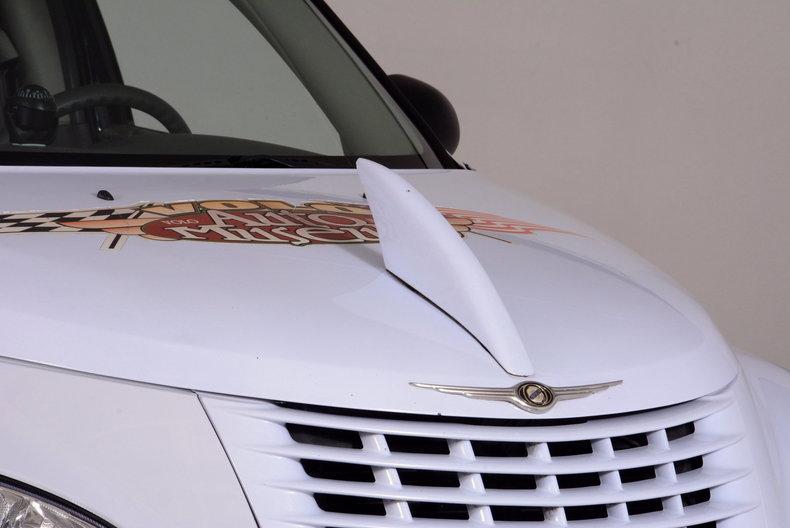 2001 Chrysler PT Cruiser Image 38