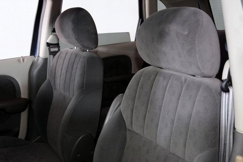 2001 Chrysler PT Cruiser Image 39