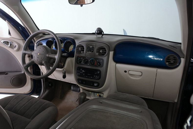 2001 Chrysler PT Cruiser Image 42