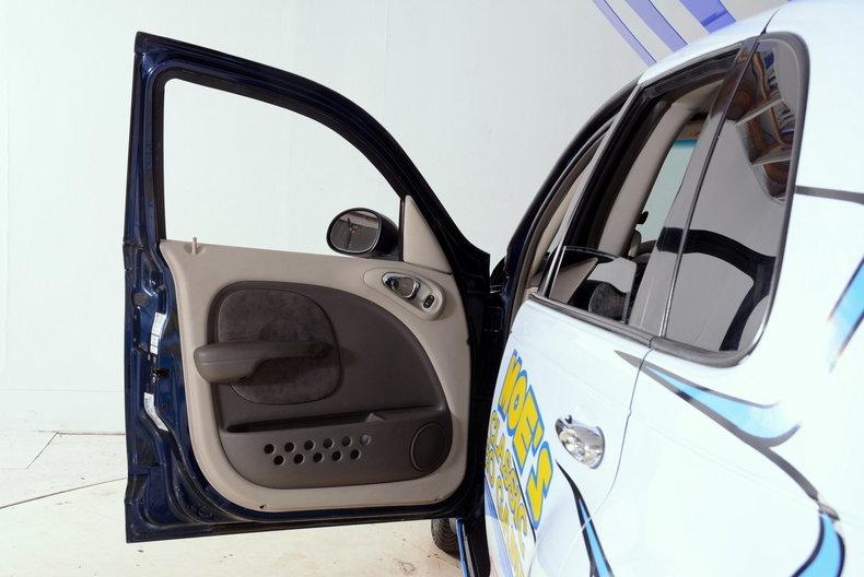 2001 Chrysler PT Cruiser Image 61