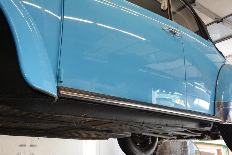 1976 Volkswagen Super Beetle Image 90