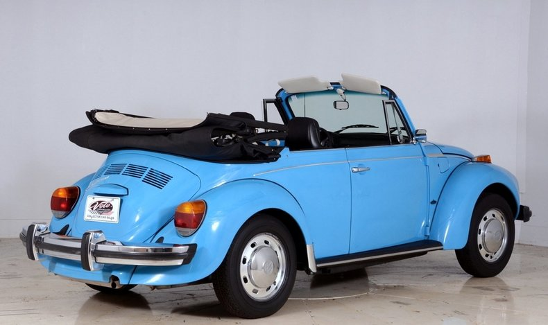 1976 Volkswagen Super Beetle Image 3