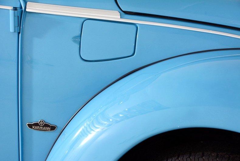 1976 Volkswagen Super Beetle Image 11