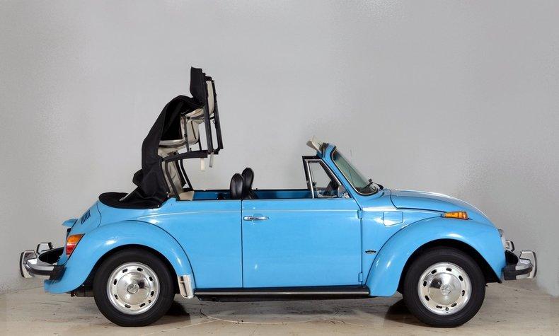 1976 Volkswagen Super Beetle Image 12