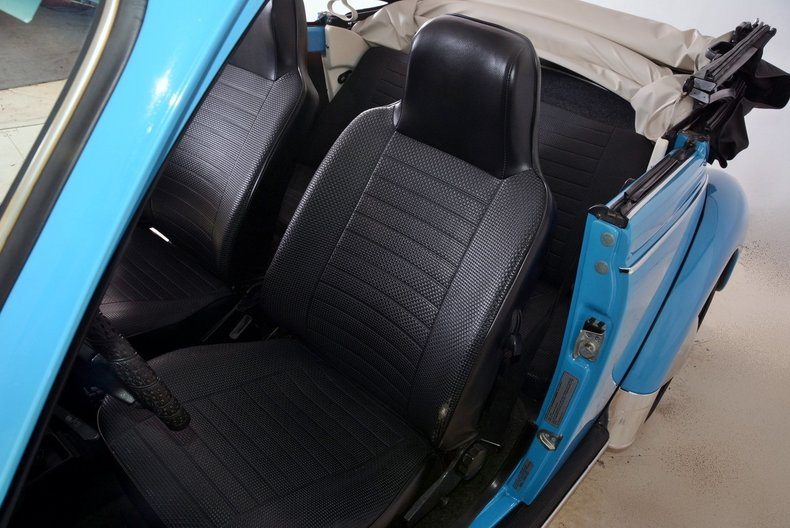 1976 Volkswagen Super Beetle Image 13