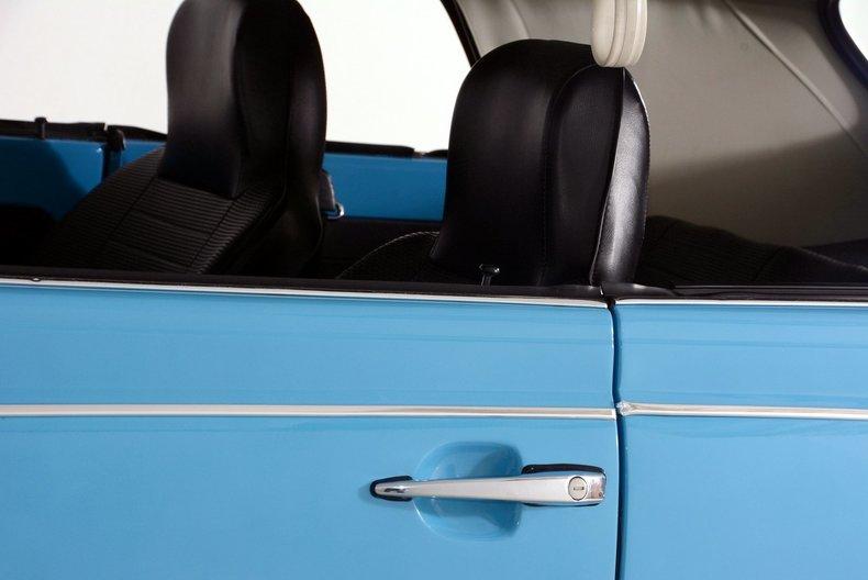1976 Volkswagen Super Beetle Image 30