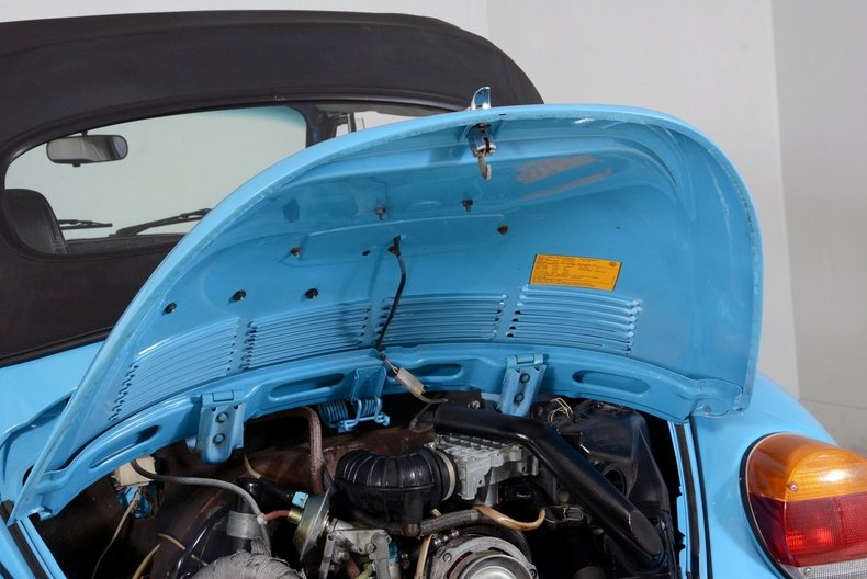 1976 Volkswagen Super Beetle Image 31