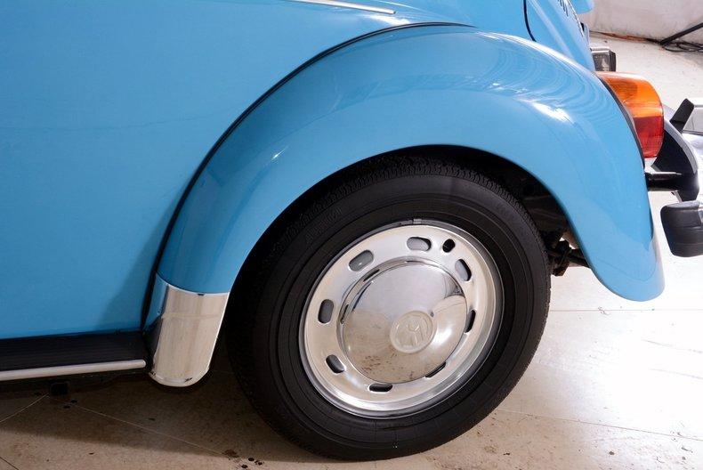 1976 Volkswagen Super Beetle Image 32