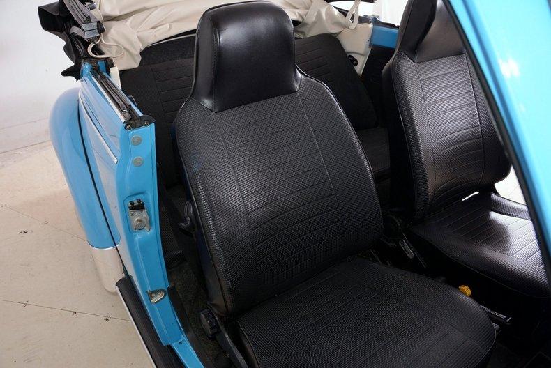 1976 Volkswagen Super Beetle Image 52