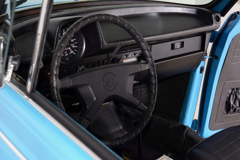 1976 Volkswagen Super Beetle Image 66
