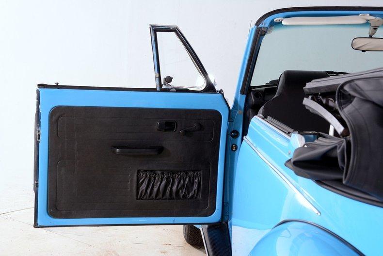 1976 Volkswagen Super Beetle Image 72