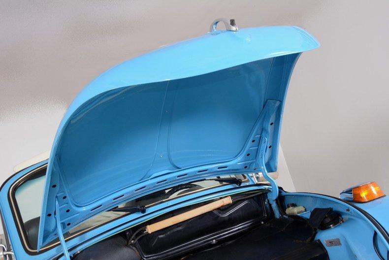 1976 Volkswagen Super Beetle Image 82