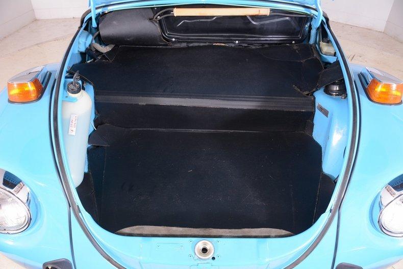 1976 Volkswagen Super Beetle Image 83