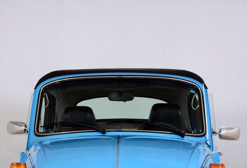 1976 Volkswagen Super Beetle Image 73