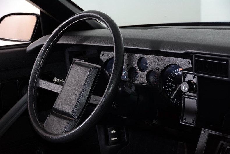 1987 Chevrolet Camaro Image 13